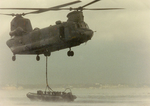 raf chinook - rib lift