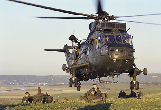 commando helicopter force sea king