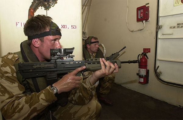 40 commando - ship operations