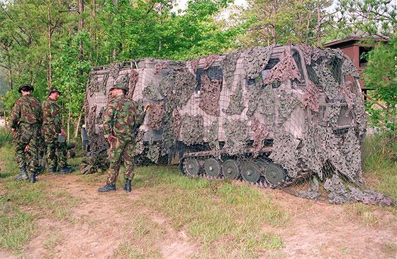 Bv 206d Under Camouflage Net Uk Military Vehicle Photos