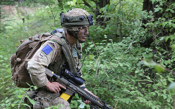 2 PARA soldier armed with L129A1 rifle